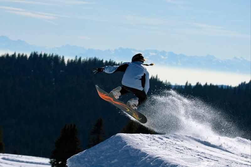 Snowboarder-1