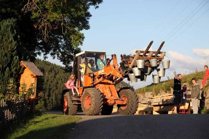 unterwegs-mit-dem-traktor